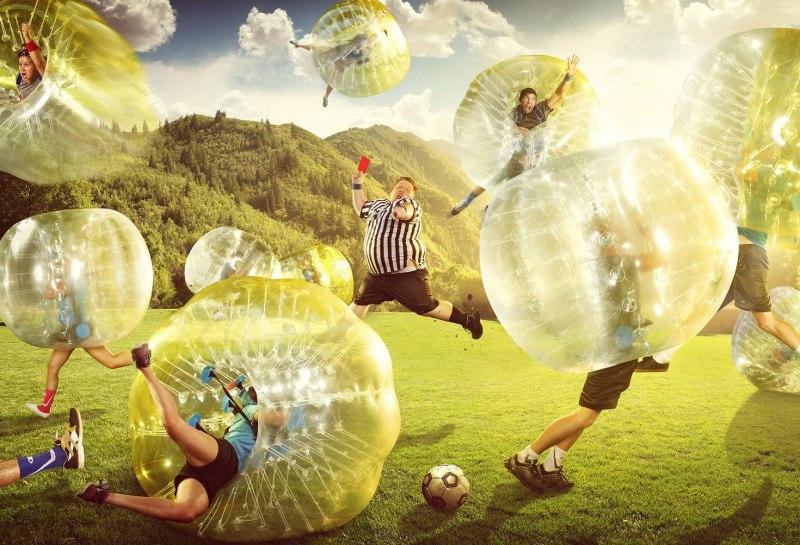 ideas originales despedidas de solteros futbol burbuja