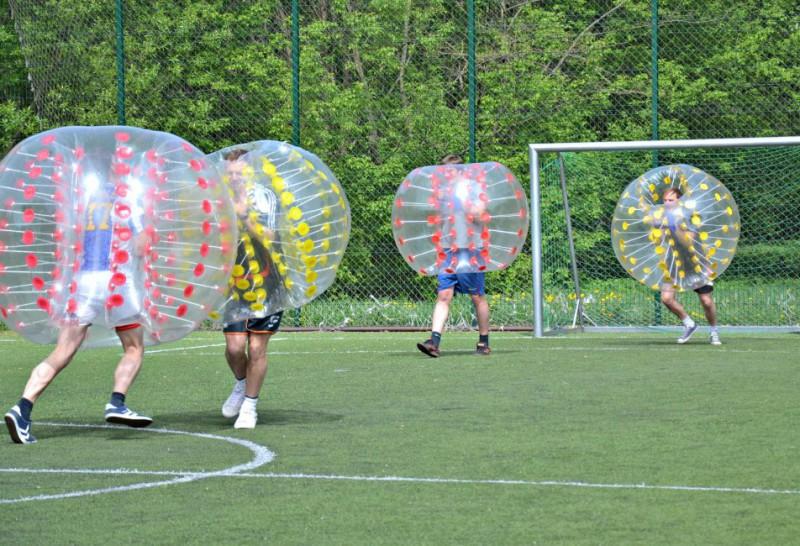 despedida de soltero futbol burbuja madrid