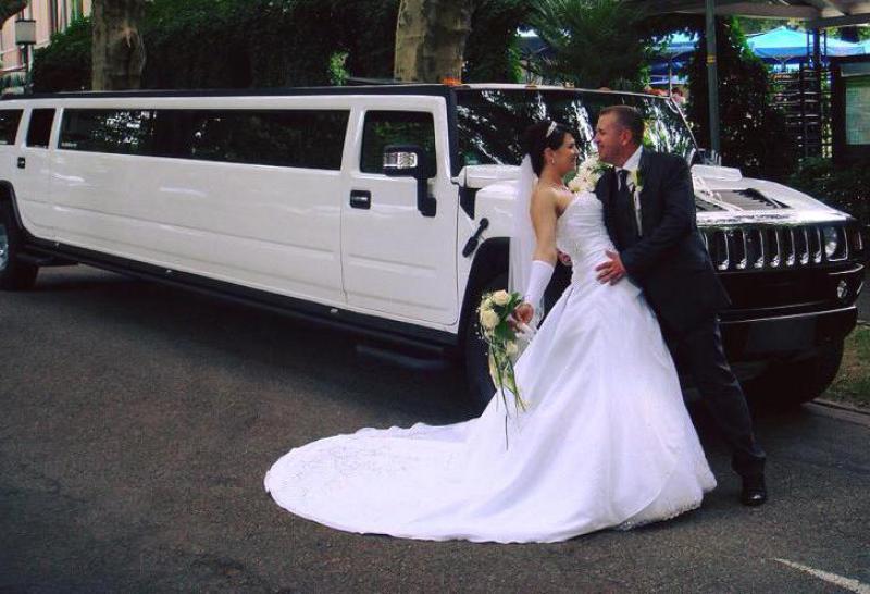 Alquiler limusina para bodas precio